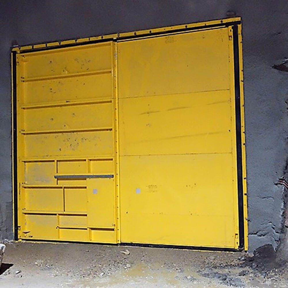 Ventilation Mine door Resized images_0000_American Mine Door