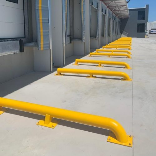 Loading Docks with Contact Curtains and Truck Guides